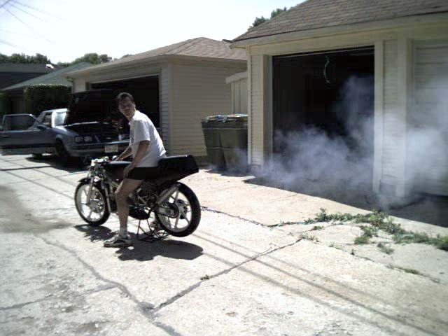 RS125R Honda having a smoke